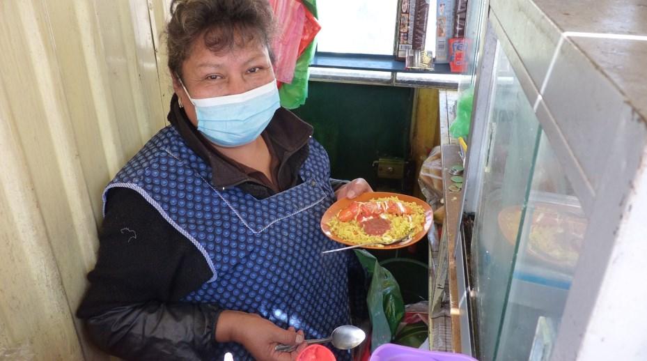 Rosemary Aliaga en su labor diaria. Foto: José Luis Columba
